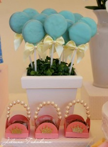 Disney Princess Party via Kara's Party Ideas | Kara'sPartyIdeas.com #DisneyPrincess #PartyIdeas #Supplies #SnowWhite #Cinderella (29)