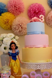 Disney Princess Party via Kara's Party Ideas | Kara'sPartyIdeas.com #DisneyPrincess #PartyIdeas #Supplies #SnowWhite #Cinderella (28)