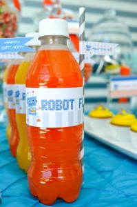 Robot Party via Kara's Party Ideas | Kara'sPartyIdeas.com #Robot #Science #Ideas #Supplies #Cake (28)
