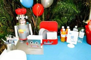 Robot Party via Kara's Party Ideas | Kara'sPartyIdeas.com #Robot #Science #Ideas #Supplies #Cake (10)