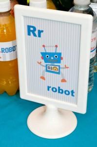 Robot Party via Kara's Party Ideas | Kara'sPartyIdeas.com #Robot #Science #Ideas #Supplies #Cake (6)