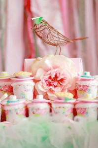A Mother's Soiree via Kara's Party Ideas | Kara'sPartyIdeas.com #Mother'sDay #Party #Ideas #Decorations #Supplies #Vintage (20)