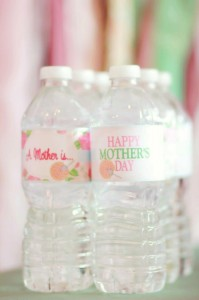 A Mother's Soiree via Kara's Party Ideas | Kara'sPartyIdeas.com #Mother'sDay #Party #Ideas #Decorations #Supplies #Vintage (13)