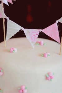 A Mother's Soiree via Kara's Party Ideas | Kara'sPartyIdeas.com #Mother'sDay #Party #Ideas #Decorations #Supplies #Vintage (11)