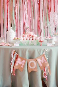 A Mother's Soiree via Kara's Party Ideas | Kara'sPartyIdeas.com #Mother'sDay #Party #Ideas #Decorations #Supplies #Vintage (4)