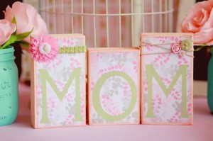 A Mother's Soiree via Kara's Party Ideas | Kara'sPartyIdeas.com #Mother'sDay #Party #Ideas #Decorations #Supplies #Vintage (32)