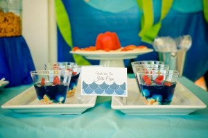 Under the Sea Water Party via Kara's Party Ideas Kara'sPartyIdeas.com #SeaCreatures #PartyIdeas #Supplies #Ocean #WaterFight #SummerPartyIdea (6)