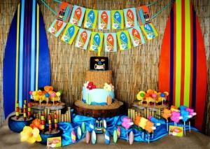 Tiki Luau Party with SO MANY Ideas via KarasPartyIdeas.com #Luau #PartyIdeas #BeachParty #PartySupplies (9)