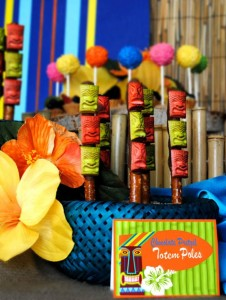 Tiki Luau Party with SO MANY Ideas via KarasPartyIdeas.com #Luau #PartyIdeas #BeachParty #PartySupplies (6)