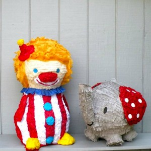 25% OFF PIñATAS via KarasPartyIdeas.com #piñata #coupon #PartySupplies #PartyDecorations (5)