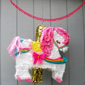 25% OFF PIñATAS via KarasPartyIdeas.com #piñata #coupon #PartySupplies #PartyDecorations (3)