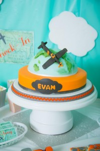 Airplane Party with Lots of Cute Ideas via Kara's Party Ideas | Kara'sPartyIdeas.com #Airplane #Aviator #Flying #Party #Ideas #Supplies (15)