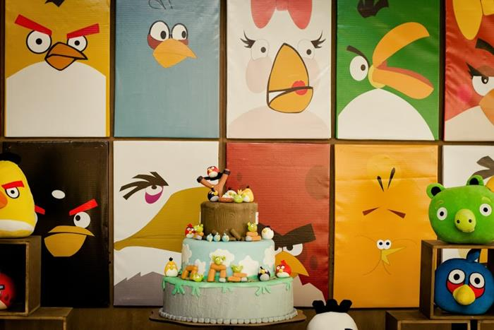 Kara 39 s party ideas angry birds 3rd birthday party with for Angry birds party decoration ideas