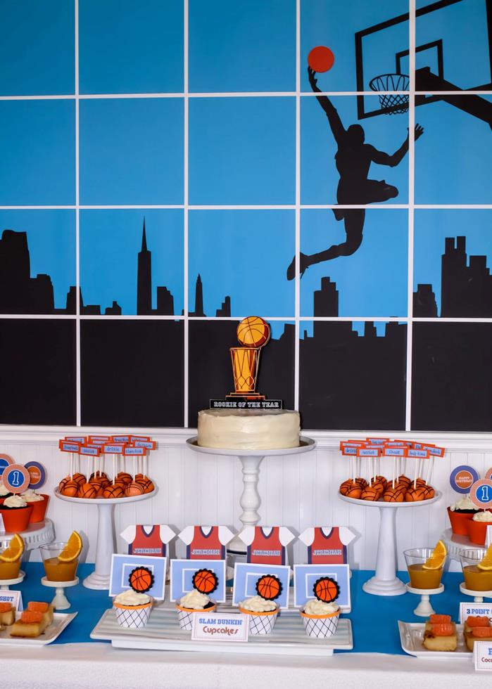 kara 39 s party ideas basketball themed 1st birthday party with really cute ideas via kara 39 s party. Black Bedroom Furniture Sets. Home Design Ideas