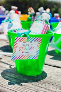 End of Summer Vintage Beach Party with Lots of Cute Ideas via Kara's Party Ideas KarasPartyIdeas.com #Beach #Party #Ideas #Supplies (24)