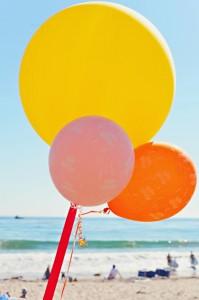 End of Summer Vintage Beach Party with Lots of Cute Ideas via Kara's Party Ideas KarasPartyIdeas.com #Beach #Party #Ideas #Supplies (2)