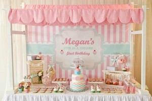 Cupcake Shoppe 1st Birthday Party with Lots of Really Cute Ideas via Kara's Party Ideas KarasPartyIdeas.com #CupcakeStand #Party #Ideas #Supplies (31)