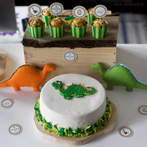 Dinosaur Themed 6th Birthday Party with Lots of Awesome Ideas via Kara's Party Ideas | KarasPartyIdeas.com #Dinosaurs #Party #Ideas #Supplies (3)