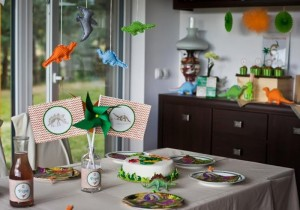 Dinosaur Themed 6th Birthday Party with Lots of Awesome Ideas via Kara's Party Ideas | KarasPartyIdeas.com #Dinosaurs #Party #Ideas #Supplies (10)