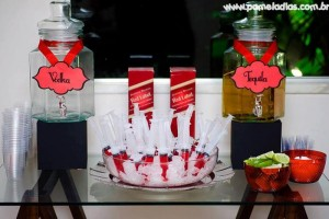 King and Queen of Hearts Party with Lots of Awesome Ideas via Kara's Party Ideas | KarasPartyIdeas.com #AliceInWonderland #OffWithTheirHeads #Party #Ideas #Supplies (6)