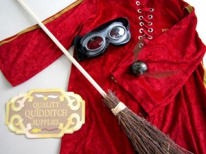 Hogwarts School of Witchcraft and Wizardry Party with SO MANY AWESOME IDEAS via Kara's Party Ideas | KarasPartyIdeas.com #HarryPotter #Party #Ideas #Supplies (6)