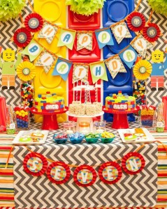 Twins' Lego Themed Birthday Party with Such Awesome Ideas via Kara's Party Ideas | KarasPartyIdeas.com #Legos #Building #Party #Ideas #Supplies (16)