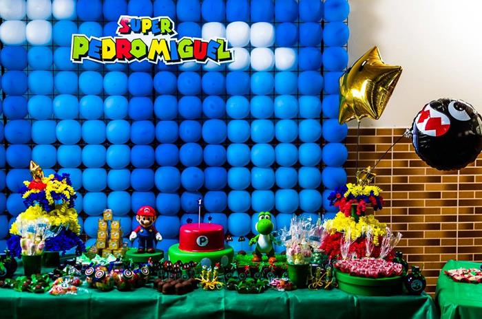 Kara 39 s party ideas super mario bros party full of great for Mario decorations