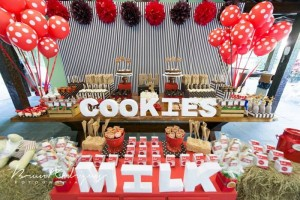 Milk and Cookies Birthday Party with SUCH CUTE IDEAS via Kara's Party Ideas | Kara'sPartyIdeas.com #Milk #Cookies #GenderNeutral #Party #Ideas #Supplies (4)