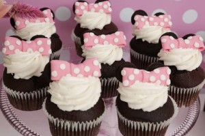 Minnie Mouse Birthday Party with So Many REALLY CUTE IDEAS via Kara's Party Ideas | Kara'sPartyIdeas.com #MickeyMouse #MinnieMouse #Party #Ideas #Supplies (5)