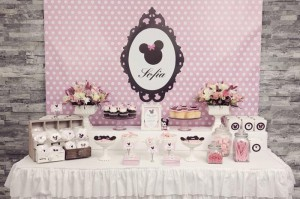 Minnie Mouse Birthday Party with So Many REALLY CUTE IDEAS via Kara's Party Ideas | Kara'sPartyIdeas.com #MickeyMouse #MinnieMouse #Party #Ideas #Supplies (3)