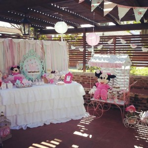 Shabby Chic Minnie Mouse Party with Lots of REALLY CUTE Ideas via Kara's Party Ideas | Kara'sPartyIdeas.com #Vintage #Girl #MinnieMouse #Party #Ideas #Supplies (25)