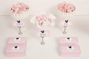 Minnie Mouse Birthday Party with So Many REALLY CUTE IDEAS via Kara's Party Ideas | Kara'sPartyIdeas.com #MickeyMouse #MinnieMouse #Party #Ideas #Supplies (25)