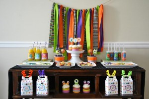 Halloween Monster Bash Full of Awesome Ideas via Kara's Party Ideas | KarasPartyIdeas.com #Halloween #Party #Ideas #Supplies (14)