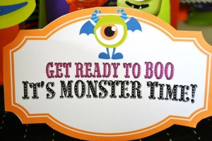 Halloween Monster Bash Full of Awesome Ideas via Kara's Party Ideas | KarasPartyIdeas.com #Halloween #Party #Ideas #Supplies (3)