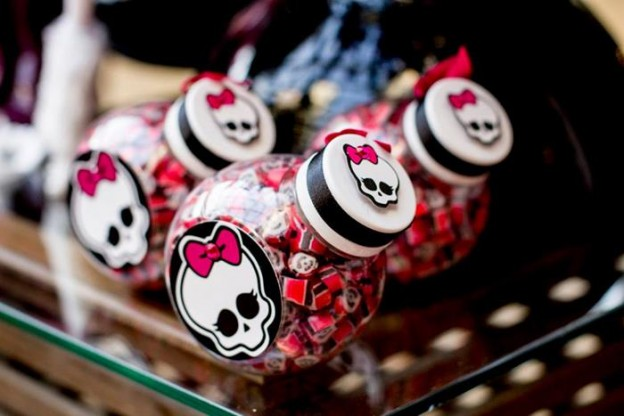 Monster High Themed Party with FULL of Really AWESOME Ideas via Kara's Party Ideas | KarasPartyIdeas.com #TweenParty #Halloween #Party #Ideas #Supplies (67)