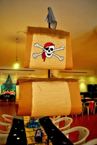 Neverland Themed Pirate and Fairy Party with Lots of Cute Ideas via Kara's Party Ideas | Kara'sPartyIdeas.com #Tinkerbell #Neverland #Hook #Pirate #Fairy #TreasureHunt #Party #Ideas #Supplies (12)