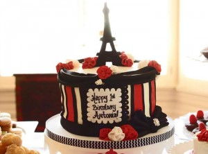 Parisian Themed 1st Birthday Party with Lots of Really Cute Ideas via Kara's Party Ideas | KarasPartyIdeas.com #Paris #Eiffel Tower #French #Party #Ideas #Supplies (6)