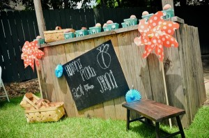 Peach Stand 2nd Birthday Party with DARLING IDEAS via Kara's Party Ideas | Kara'sPartyIdeas.com #Peaches #Harvesting #Summer #PartyIdeas #Supplies (29)