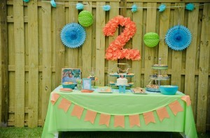 Peach Stand 2nd Birthday Party with DARLING IDEAS via Kara's Party Ideas | Kara'sPartyIdeas.com #Peaches #Harvesting #Summer #PartyIdeas #Supplies (11)