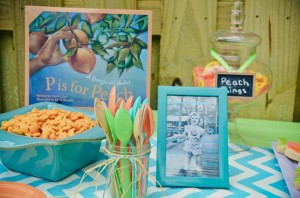 Peach Stand 2nd Birthday Party with DARLING IDEAS via Kara's Party Ideas | Kara'sPartyIdeas.com #Peaches #Harvesting #Summer #PartyIdeas #Supplies (7)