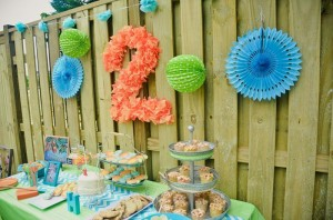 Peach Stand 2nd Birthday Party with DARLING IDEAS via Kara's Party Ideas | Kara'sPartyIdeas.com #Peaches #Harvesting #Summer #PartyIdeas #Supplies (6)
