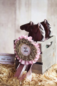 Vintage Pony Party with So Many REALLY CUTE Ideas via Kara's Party Ideas | Kara'sPartyIdeas.com #Vintage #Horse #Pony #Party #Ideas #Supplies (33)