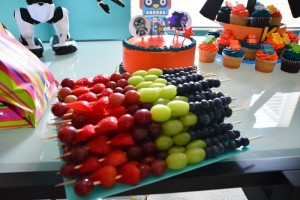 Robot Themed Birthday Party with Lots of Fun Ideas via Kara's Party Ideas | KarasPartyIdeas.com #Robots #Party #Ideas #Supplies (11)