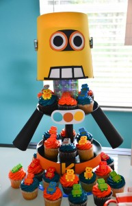 Robot Themed Birthday Party with Lots of Fun Ideas via Kara's Party Ideas | KarasPartyIdeas.com #Robots #Party #Ideas #Supplies (10)