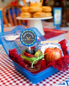 Back to School Breakfast with SUCH CUTE IDEAS via Kara's Party Ideas | KarasPartyIdeas.com #FirstDayofSchool #Party #Ideas #Supplies (5)