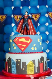 Superman Themed Birthday Party with So Many FABULOUS IDEAS via Kara's Party Ideas | Kara'sPartyIdeas.com #Superman #ClarkKent #Kryptonite #Party #Ideas #Supplies (38)