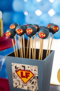 Superman Themed Birthday Party with So Many FABULOUS IDEAS via Kara's Party Ideas | Kara'sPartyIdeas.com #Superman #ClarkKent #Kryptonite #Party #Ideas #Supplies (31)