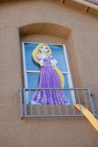 Tangle Birthday Party with Lots of Cute Ideas via Kara's Party Ideas Kara'sPartyIdeas.com #Rapunzel #Disney #Party #Ideas #Supplies (43)