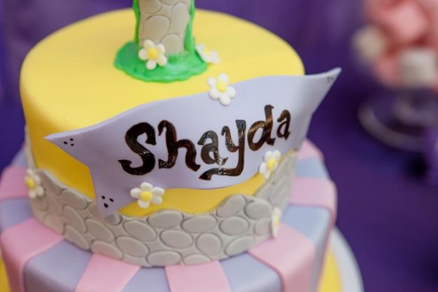 Tangle Birthday Party with Lots of Cute Ideas via Kara's Party Ideas Kara'sPartyIdeas.com #Rapunzel #Disney #Party #Ideas #Supplies (21)