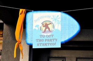 Retro Surfing Ninja Turtle Themed End of Summer Party with Totally Awesome IDEAS via Kara's Party Ideas | KarasPartyIdeas.com #TMNT #Cowabunga #NijaTurtles #PizzaParty #Party #Ideas #Supplies (29)